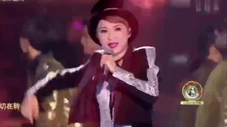 30年后公主陈慧娴酷飒仔唱《跳舞街》,掀起全场高潮成演唱会!