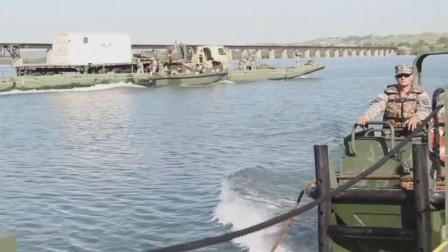 美国陆军工程兵模块化IRB浮桥运输装甲车辆