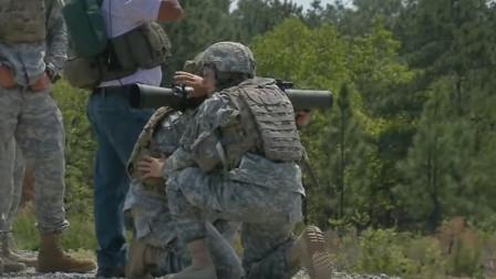 美军古斯塔夫84mm无坐力炮,装炮弹高速发射