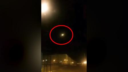 美媒公布疑似乌克兰飞机被击中视频:迅速 飞机起火掉头