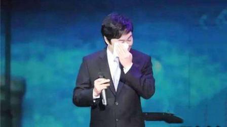 64的费玉清举办告别歌坛,再唱经典《一剪梅》,独特的嗓音听醉了