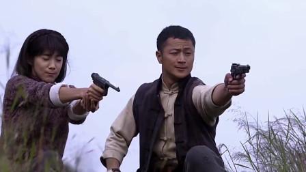 鬼子带一大对人追两八路,结果一枪没中,这什么枪法?