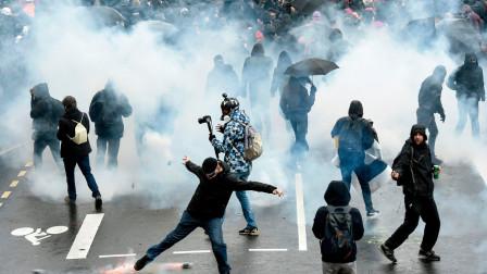 百万示威者再上街抗议,暴徒肆意破坏,警方开枪,全法再陷大乱