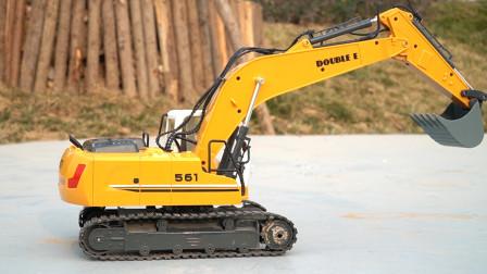 儿童遥控玩具车试玩,挖掘机工作表演,工程汽车玩具模型