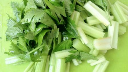 吃芹菜时加它,每天吃一点,血管永不堵,三高不来犯