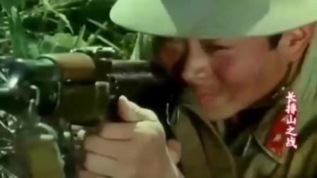 这才是真正越战猛片,我军用82毫米大炮,摧毁敌军暗藏的火力支援