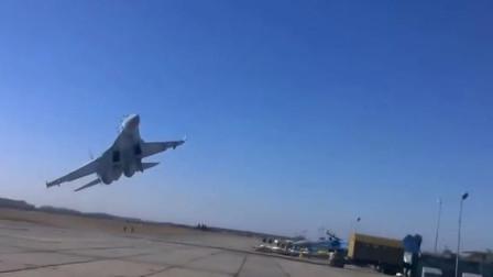 估计伏特加没少喝!实拍俄罗斯疯狂开飞机!