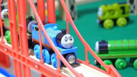 托马斯豪华山洞隧道和木制站台玩具组装DIY,托马斯和他的朋友们