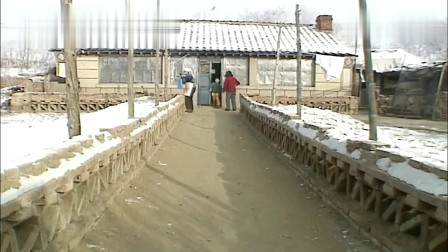 旧影像:90年代辽宁农村年前回忆,满族过年的纪实画面,压岁钱美食小吃!
