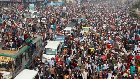 全球人口密度最高国家,是中国的9倍,那的妇女还拼命生孩子!