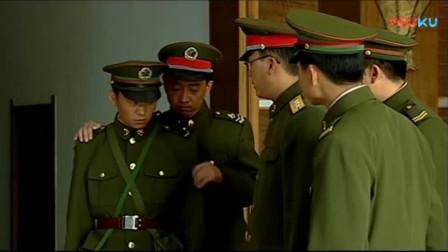 《士兵突击》班长正以为宝强重情义不舍老部队,不料直接被送去钢七连!