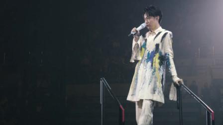 """""""相声歌手""""吴青峰的演唱会也太治愈了,这简直是场视听盛宴啊"""