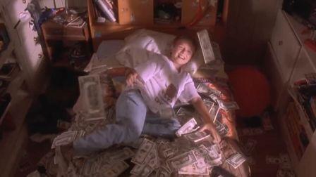10岁小孩买别墅坐 豪车,生活奢侈不堪,不到7天就花了100万美元