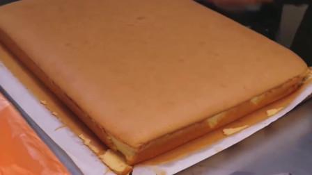 这样的乳酪蛋糕,虽然看似简单,但是味道绝对正宗