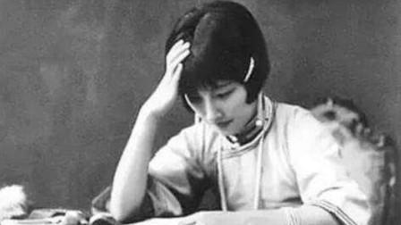 才女陆小曼一生争议不断,死后骨灰无人认领,23年后才由堂侄安葬