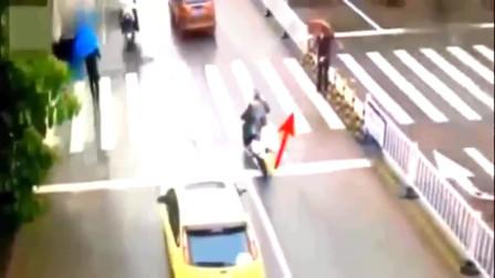 女司机这样的举动被监控拍下来,让无数人为她点赞