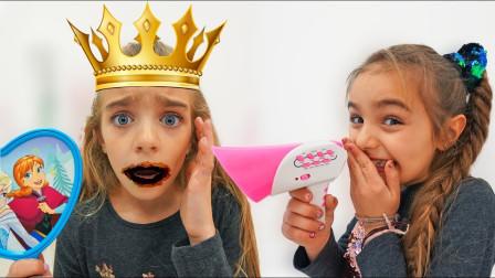 越看越搞笑,小萝莉变身冰雪奇缘女王为何嘴巴变黑色?萌宝益智剧场
