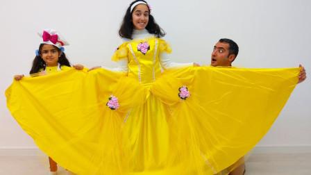 越看越好玩,小萝莉和爸爸为姐姐准备梦幻公主裙?亲子萌宝早教玩具