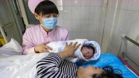 """刚生出来是儿子,第2天却变成了""""女儿"""",得知原因后家人特开心"""
