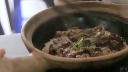 实拍广东顺德最火的牛展煲仔饭 不按照牛展老板吃法一流请走