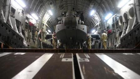 """不愧是全球最大的运输机,搭载一辆武装直升机""""小意思"""""""