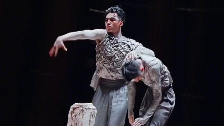 刘迦李响合体,李响和刘迦的舞台让人忘记他们的伤了,这就是优秀