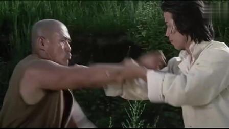 少林门:少林高手被群殴,成龙上去解围,没想到惨遭毒手