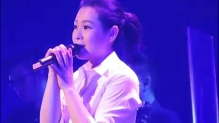 刘若英深情演唱《后来》熟悉的旋律与歌声,充满的青春的回忆