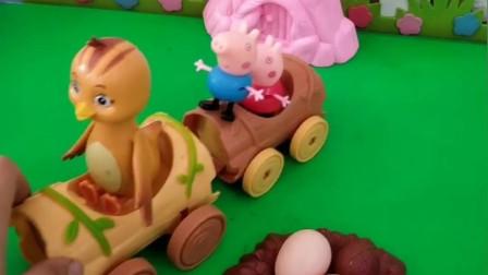 猪爸爸和鸡妈妈都去接孩子,走半路发现孩子接错了,把鸡宝宝接走了