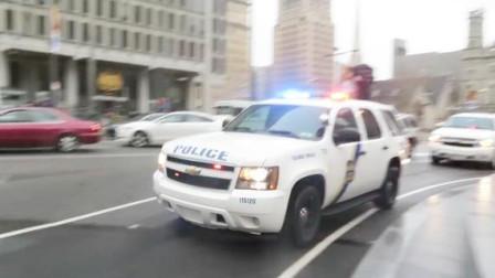警报一拉,车辆都靠边停了!实拍美国警察执行任务!