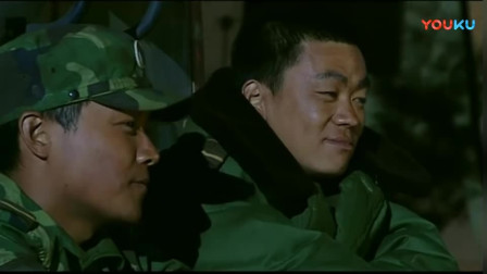《士兵突击》硬汉背后都被宝强夸,这才是做人的标准!