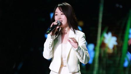 杨钰莹真厉害!翻唱邓丽君歌曲《我只在乎你》,甜美歌声让人沦陷