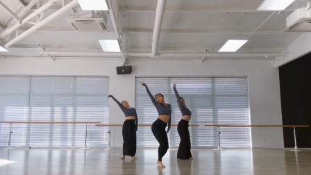 黄磊老婆孙莉又晒舞蹈视频,好喜欢她40岁的状态啊