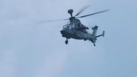 法国虎式武装直升机在西北风两栖攻击舰上降落,世界第1款可空战的武装直升机