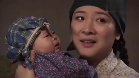 叶落长安:玉兰生下老五,母亲破天荒的来看她,还要带走一个孩子