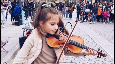 小妹妹Karolina演奏《Believer》