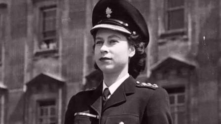 英国女王伊丽莎白年轻照,这是真正的公主,真正的贵族