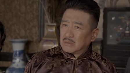一剑横空 精彩看点:龙飞声称盛忠豪害死了范团长,并拿出贞娘的信物