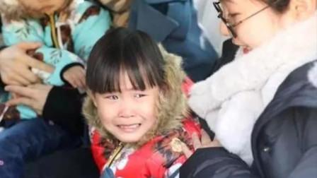 4岁中国女孩被美国夫妇领养,如今1年过去,变化令人感到欣慰