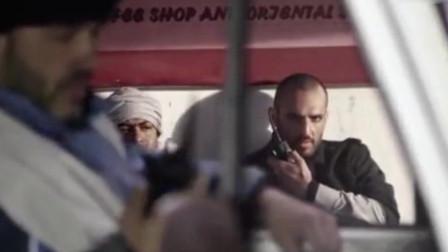恐怖分子向美军报复,开改装皮卡冲进美国大使馆,拿命拼