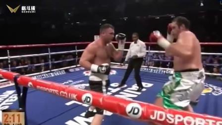 泰森·富里最狂暴的KO,将对手揽在身前,重拳连续爆头猛轰!
