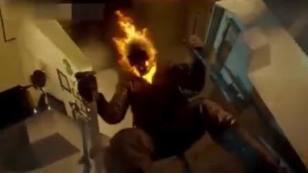 灵魂战车:恶灵骑士召唤地狱之火,将整个起重机燃烧,场面震撼!