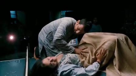 三傻大鬧寶萊塢眾人終于接生成功孩子卻沒有哭經典金句立功