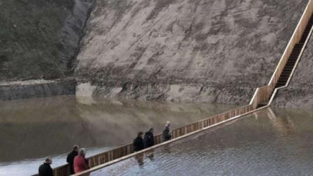 """世界上最""""乌龙""""的桥,工程师把图纸拿反了?却没想到铸就了闻名神作!"""