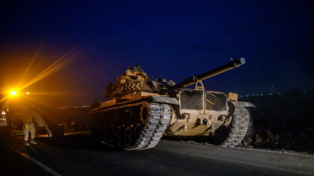 大批土耳其特种兵抵达,中东强人下达总动员令,称将全部消灭
