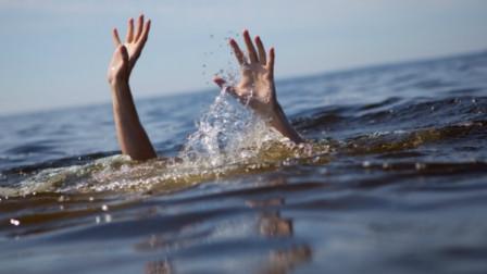 菲律宾长滩岛一游船倾覆 致中国游客1人死亡3人受伤