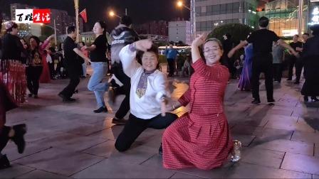 太原五一广场民族舞蹈《酒醉的蝴蝶》