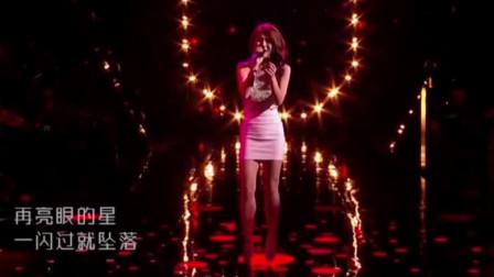 初登舞台时无人能识,一曲原创歌曲惊艳全场,一夜吸粉无数,爆红