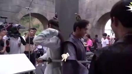庆余年花絮:这么严肃的戏,肖战张若昀硬生生把它拍成了喜剧!