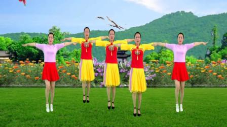 精选广场舞32步《山路十八弯》演唱 韩红 歌声豪迈大气 舞步新颖活力